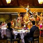 サラ・リムナームでタイ舞踊とディナー★オリエンタルホテル・バンコク