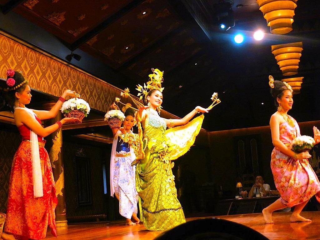 タイ舞踊-バンコク-サラリムナーム-オリエンタルホテル-1