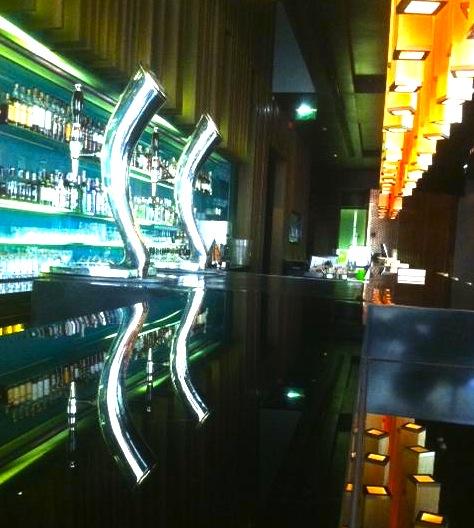 Bamboo-メリディアン-バンコクのバー-2