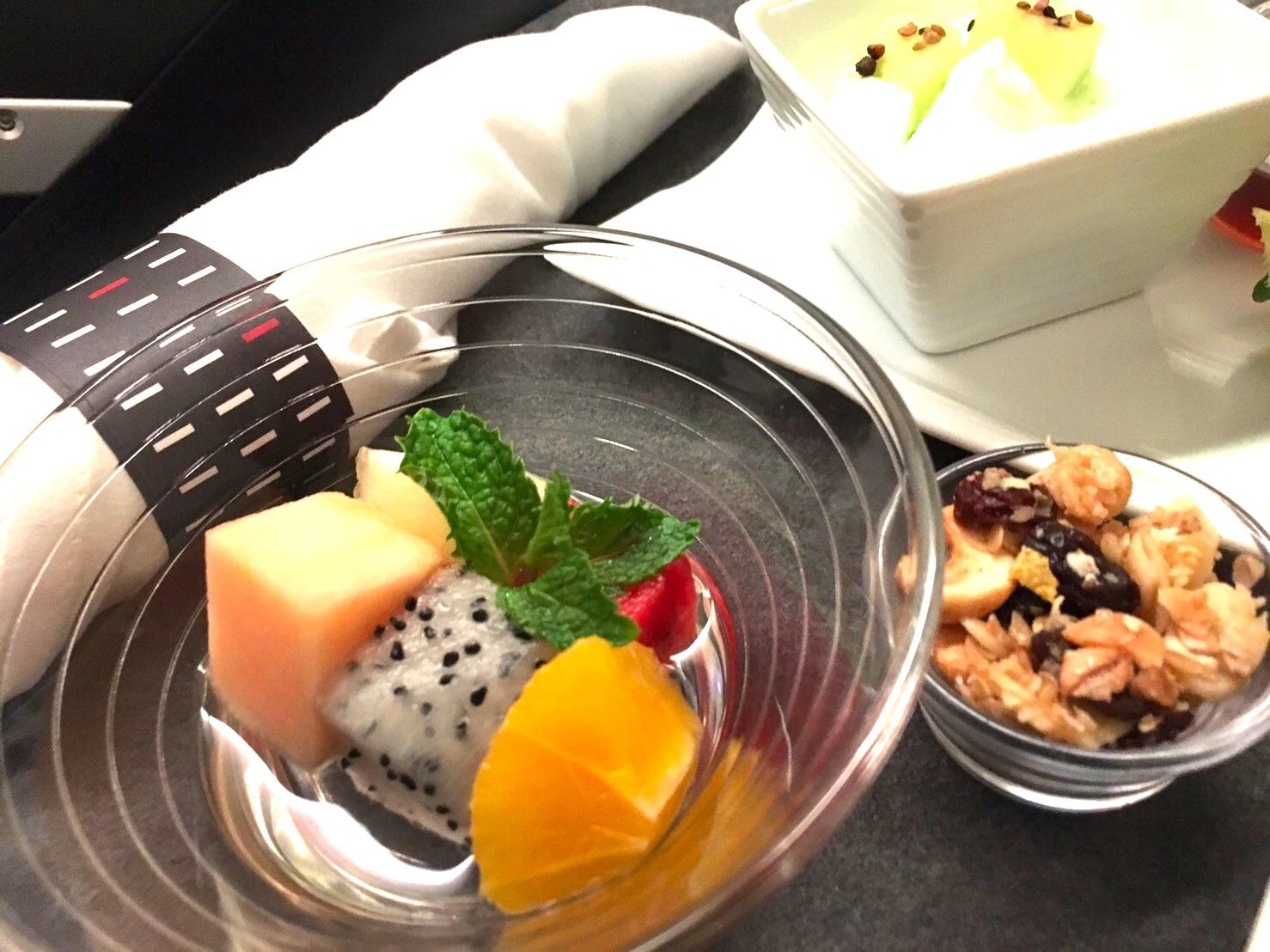 JAL-ビジネスクラス-食事-ブレックファースト