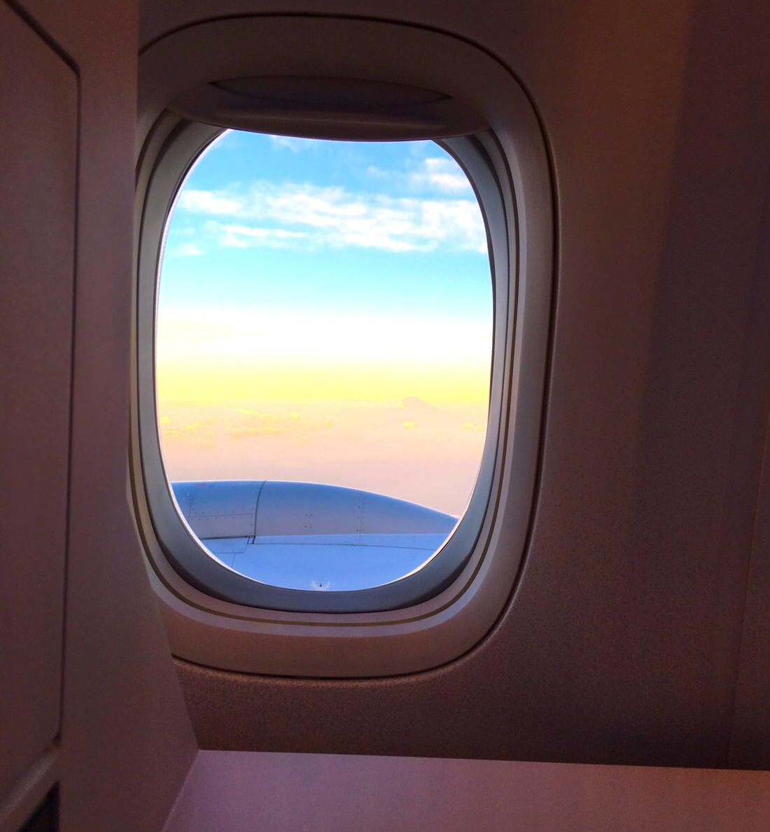 JAL-ビジネスクラス-深夜便-バンコク