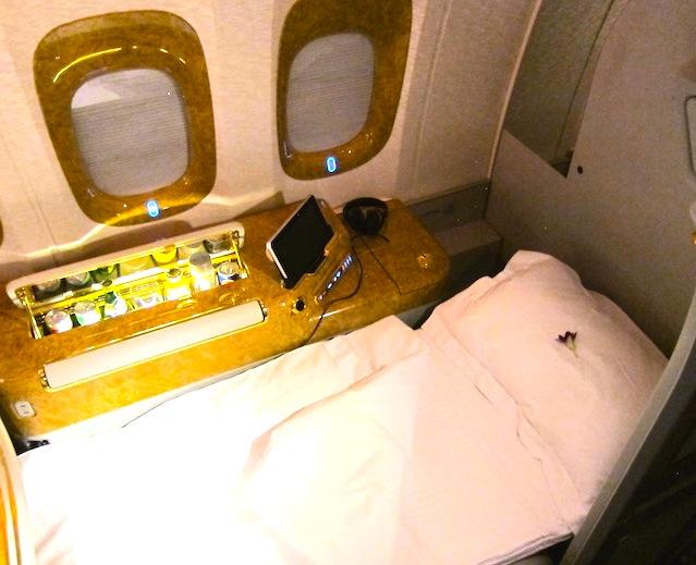 エミレーツ航空-ファーストクラス-Emirates First Class-24