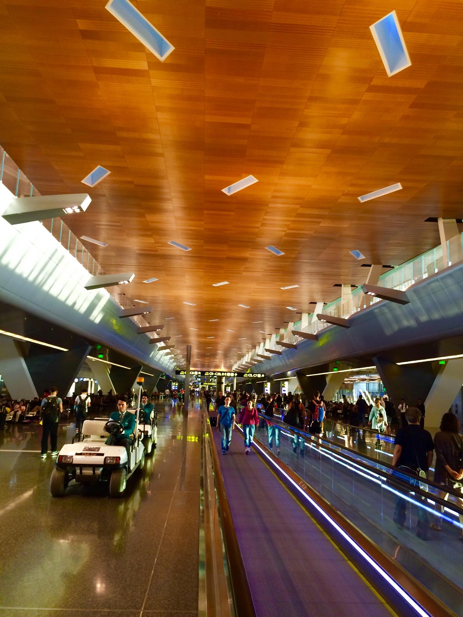 カタール-ドーハ-ハマド国際空港-Hamad-International-Airport-3