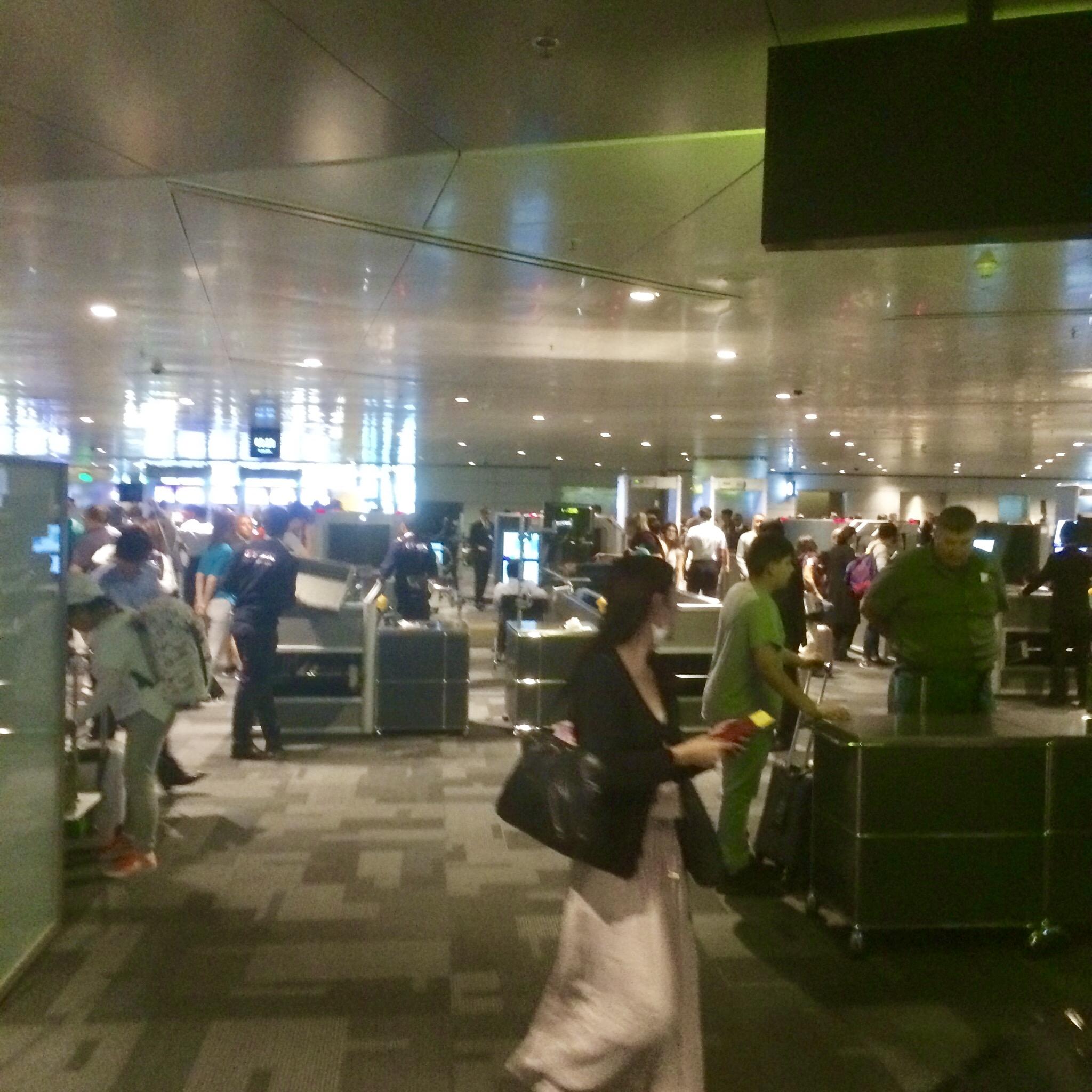 カタール-ドーハ-ハマド国際空港-Hamad-Airport-トランジット-16