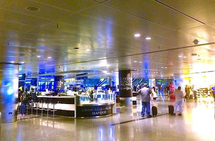 カタール-ドーハ-ハマド国際空港-Hamad-International-Airport-18