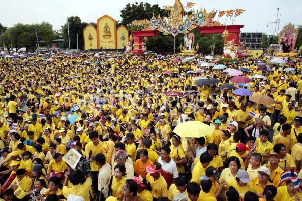 タイ-プミポン国王崩御-タイの民衆