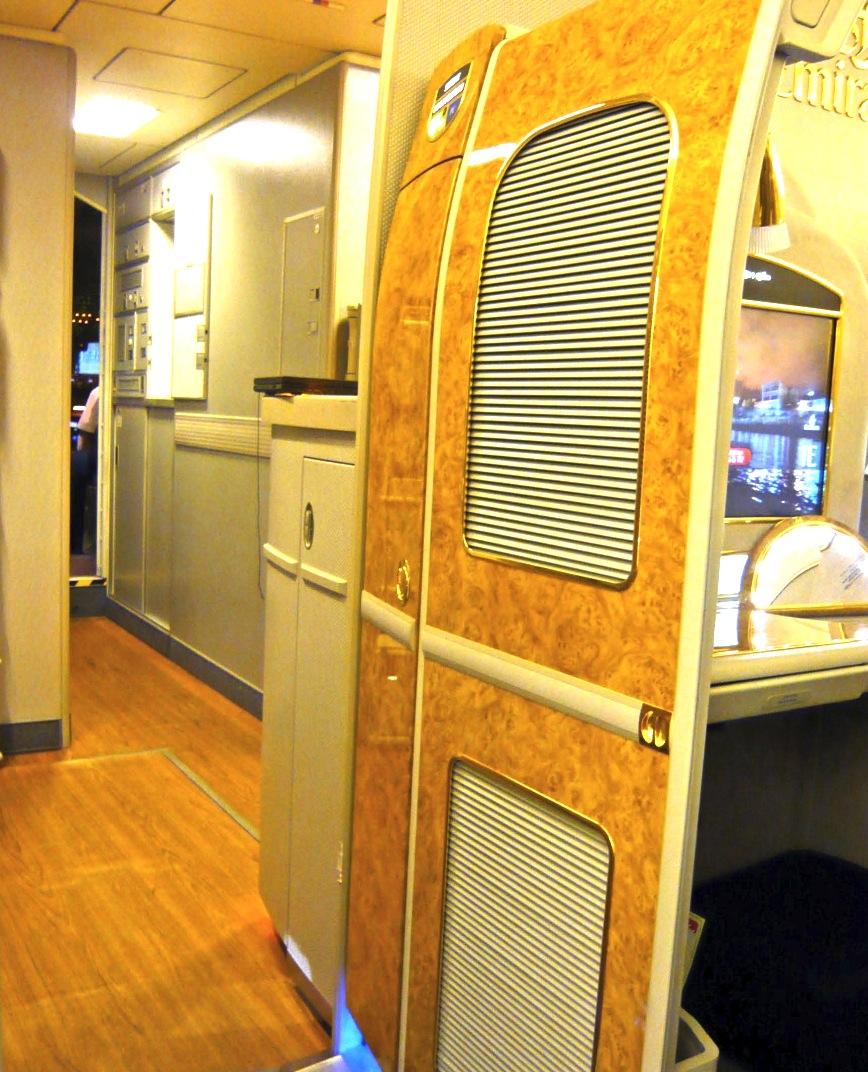 エミレーツ航空-ファーストクラス-Emirates First Class-21