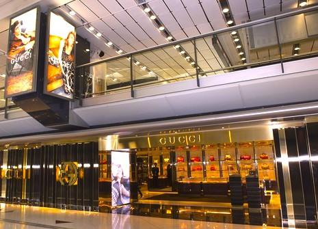 香港国際空港-免税店-ブランド-グッチ