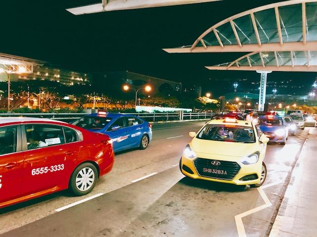 シンガポール-タクシー-空港-乗り場