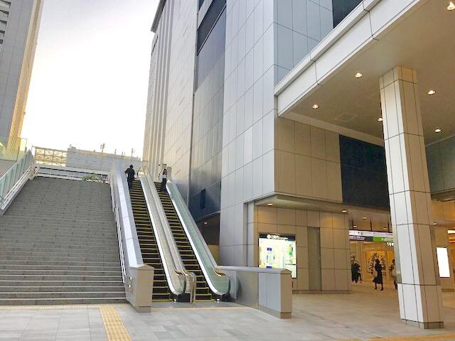 バスタ新宿-新宿駅-高速バスターミナル-行き方-高島屋