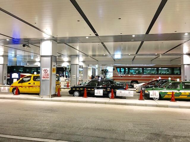 バスタ新宿-新宿駅-高速バスターミナル-タクシー乗り場
