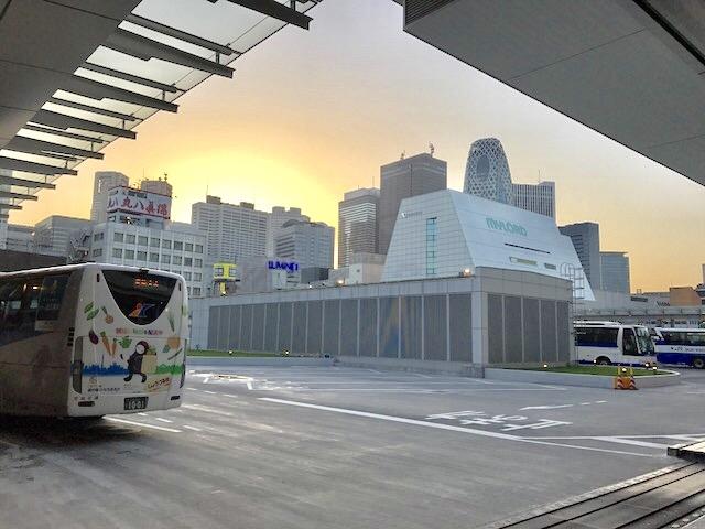 バスタ新宿-新宿駅-高速バスターミナル-行き方-乗り場