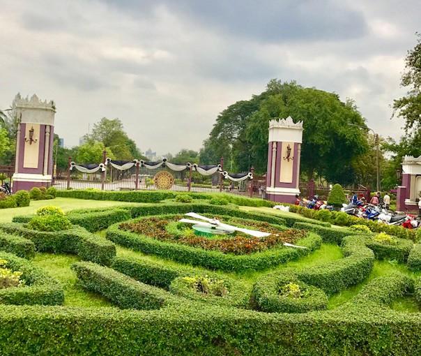 ルンピニー公園★バンコクの無料の観光スポットよ〜