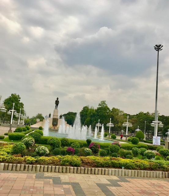 1ルンピニー公園-バンコク-無料-観光スポット-1