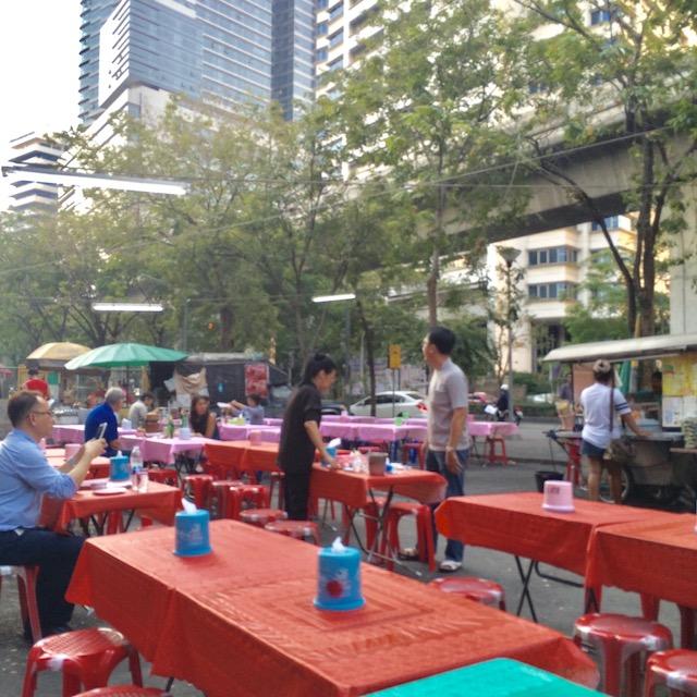 バンコク-おすすめ-観光スポット-ルンピニー公園-チムチム