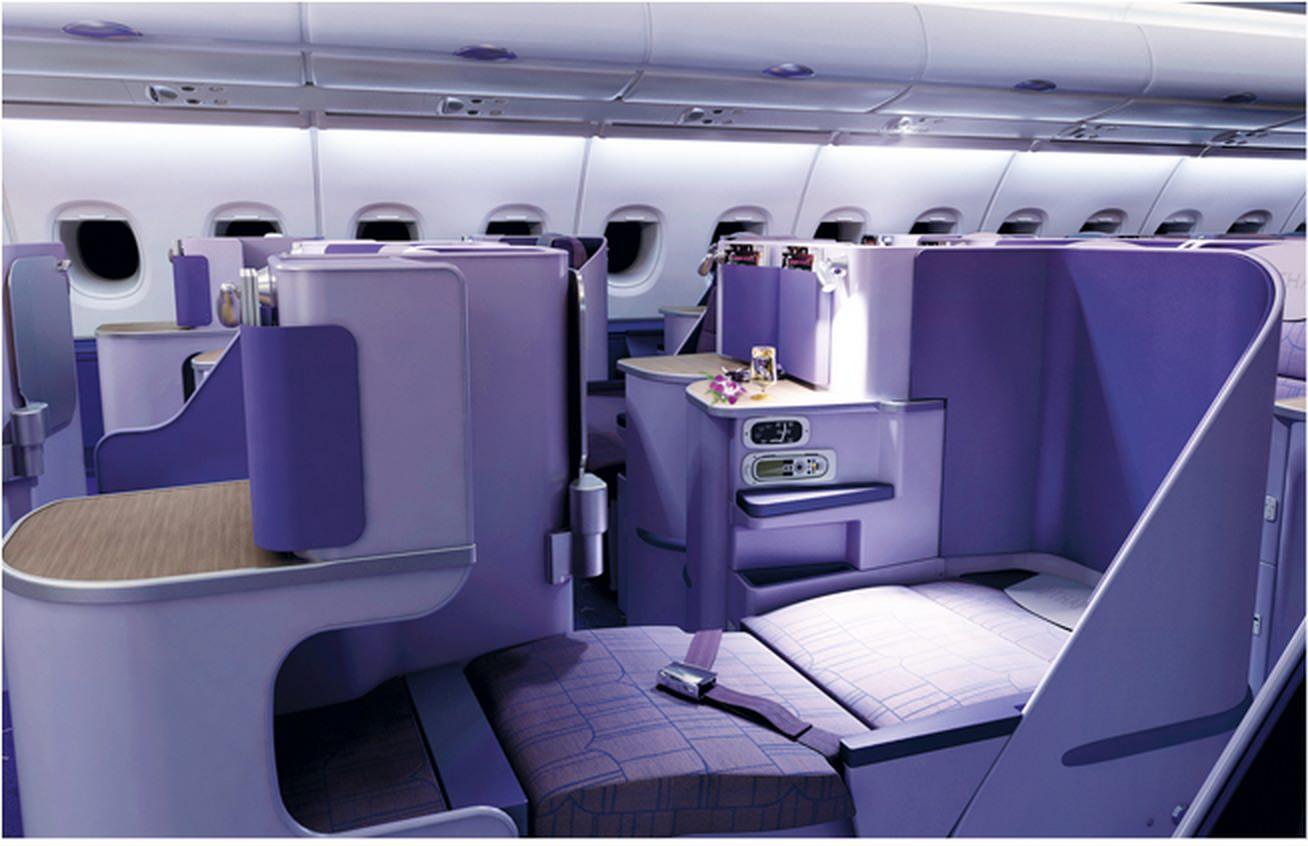タイ航空-シート-ビジネスクラス-スタッカード-ロイヤルシルク