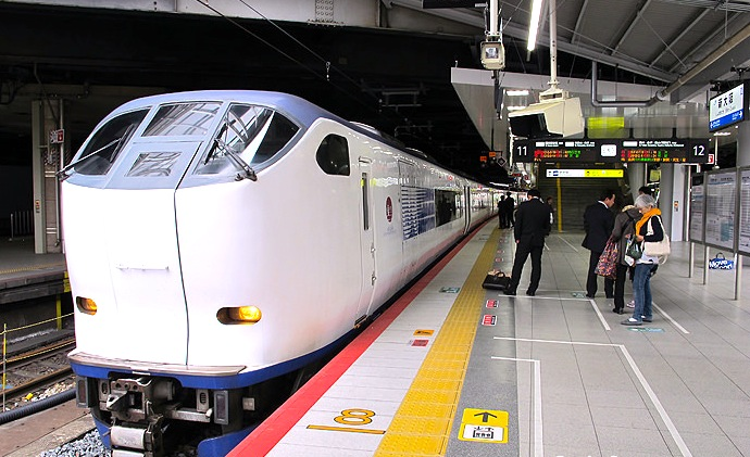 大阪駅から関空の移動方法★梅田からのアクセスを比較!バスか?電車か?
