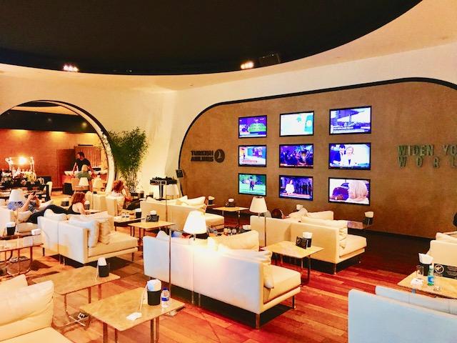 豪華-空港-ラウンジ-イスタンブール-トルコ航空-ビジネスラウンジ-世界一-3