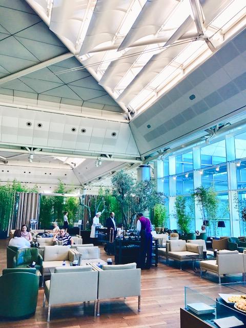 豪華-空港-ラウンジ-イスタンブール-トルコ航空-ビジネスラウンジ-世界一-52