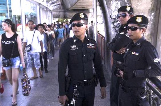 タイ-警察-バンコク