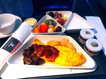 オーストリア航空-ビジネスクラス-朝食-1