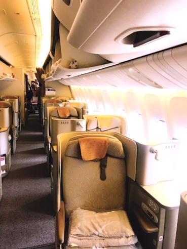 アシアナ航空-ビジネスクラス-シート-パリ-1