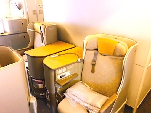 アシアナ航空-ビジネスクラス-シート-パリ-2