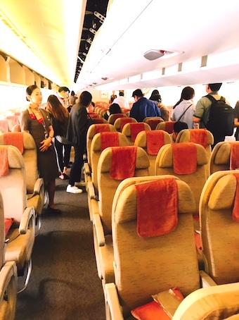 アシアナ航空-エコノミー-シート-パリ-2