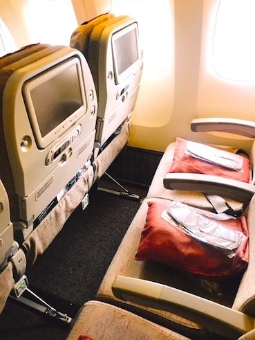 アシアナ航空-エコノミー-シート-パリ-7