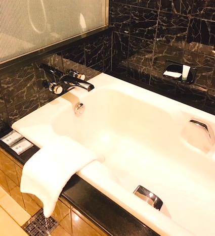ウェスティン東京-スイート-ホテル-風呂
