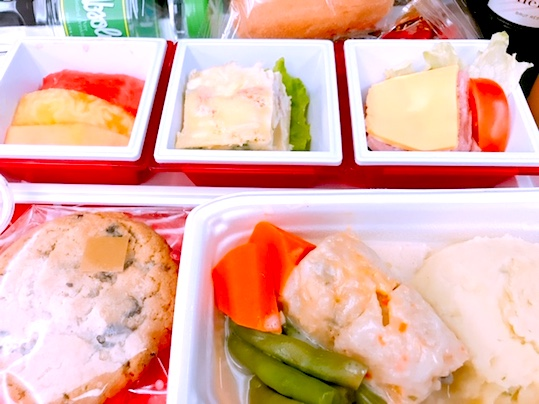 JAL-プレミアムエコノミー-機内食-14