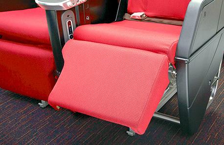 JAL-プレミアムエコノミー-座席-4
